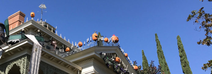 Haunted Mansion Holiday – Disneyland – Attraction Checklist #010